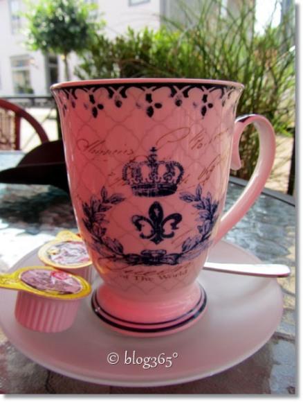 Die königliche Tasse
